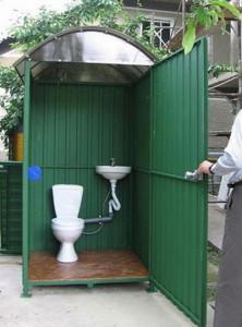 Какой выбрать унитаз для дачного туалета